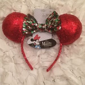 Minnie Mouse sequined headband 🎄